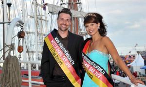 Angelina Rißmann und Enrico Klüber sind Miss und Mister Hanse Sail 2013. Foto: Joachim Kloock