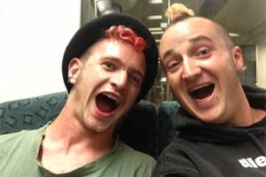 Chris und Maxi auf Deutschlandreise nach Warnemünde
