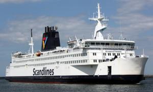 Scandlines-Fährschiff Kronprins Frederik in Warnemünde. Foto: Martin Schuster