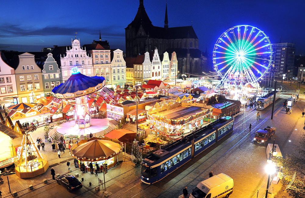 Rostocker Weihnachtsmarkt. Foto: Joachim Kloock