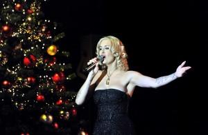 Sarah Connor brachte weihnachtliche Stimmung nach Rostock. Foto: Joachim Kloock