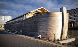 Die Arche Noah öffnet ab 18. Januar für Besucher im Stadhafen Rostock. Foto: Bigship BV