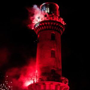 Leuchtturm in Flammen 2014 von Anne Scheer