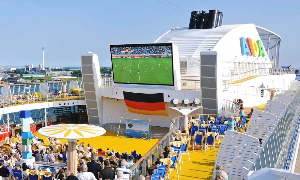 Die Fußball-WM 2014 live auf AIDA erleben. Foto: AIDA Cruises
