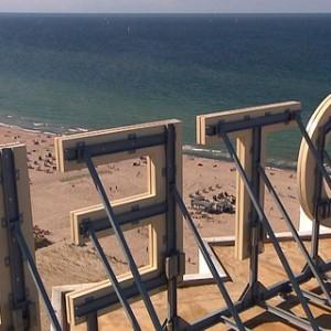 Blick auf die Ostsee vom dach des legendären Hotel Neptun. Foto: NDR/Populärfilm