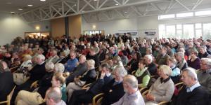 Über 500 Teilnehmer verfolgten und diskutierten auf dem Bürgerforum Mittelmole Warnemünde. Foto: Uwe Weiser