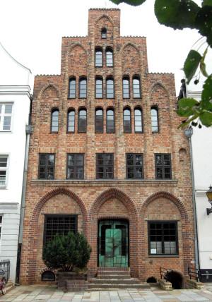 Das Hausbaumhaus ist eines der ältesten Kaufmannshäuser der Hansestadt Rostock. Foto: Joachim Kloock
