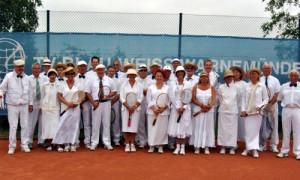 """Tennis-Traditionsturnier """"Ganz in Weiß"""" in Warnemünde. Foto: Verein"""