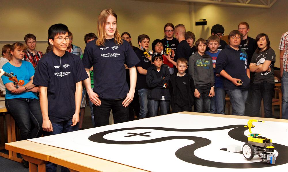 Formel SPURT: Roboterwettbewerb in Warnemünde. Foto: ITMZ/Uni Rostock