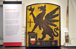 Exponat des Rostocker Greifs in der Ausstellung im Kulturhistorischen Museum zur Geschichte des Ersten Weltkrieges. Foto: Joachim Kloock