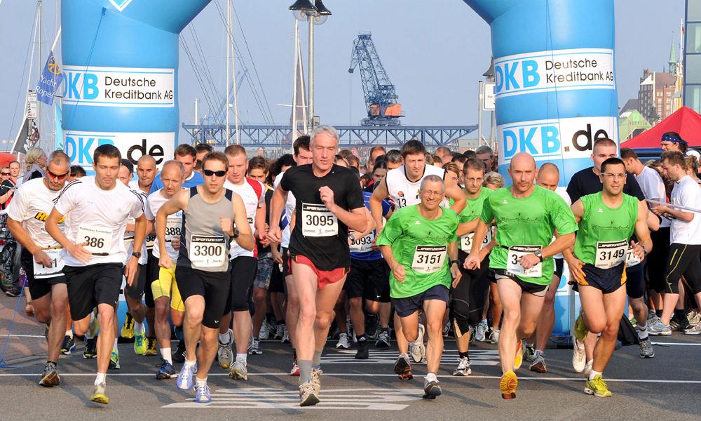 Der Rostocker Firmenlauf startet wieder im Stadthafen von Rostock. Foto: Joachim Kloock