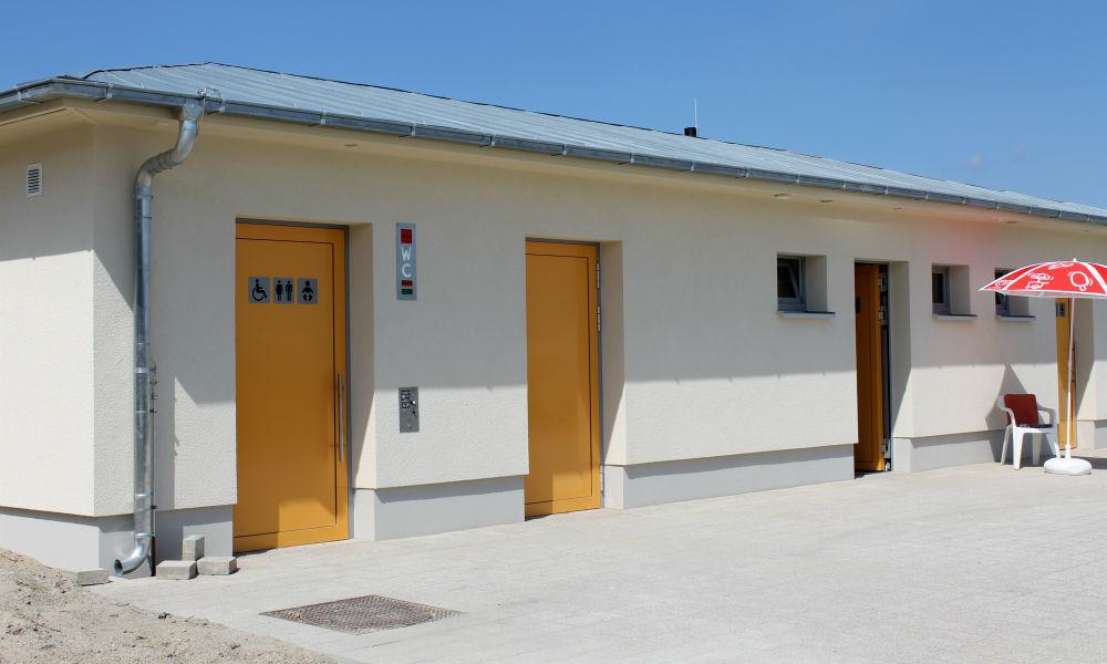 Neue Toilettenanlage auf Promenade in Warnemünde eröffnet. Foto: TZRW