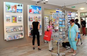 Die Tourist-Information in Warnemünde nach dem Umbau 2014. Foto: Joachim Kloock