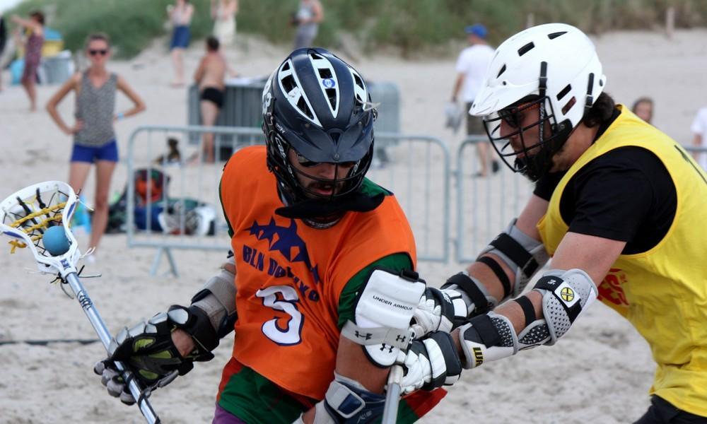Strand-Lacrosse feierte zur 77. Warnemünder Woche Deutschlandpremiere in Warnemünde. Foto: Martin Schuster