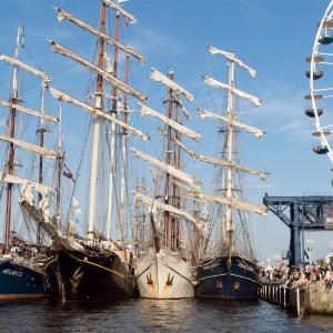 Traditionssegler zur 24. Hanse Sail 2014 im Rostocker Stadthafen. Foto: Lutz Zimmermann / Hanse Sail Rostock