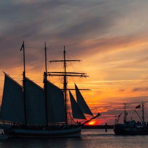 Abendfahrten zur 24. Hanse Sail 2014. Foto: Jens Schröder