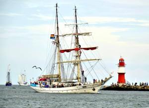 Foto zur 24. Hanse Sail 2014 von Julian Alexander Schnell