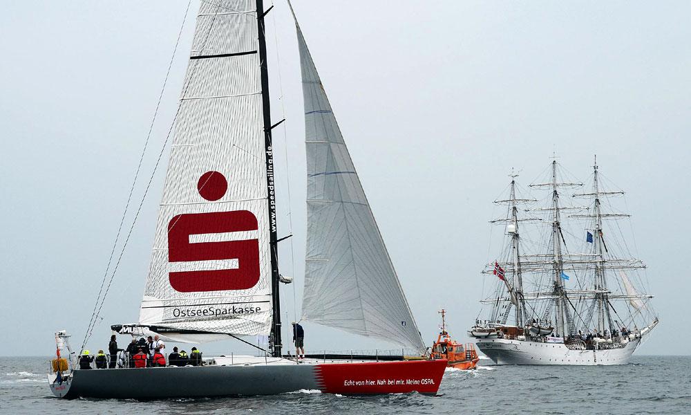 Zum ersten Mal forderte die OSPA befreundete Firmen anlässlich der 24. Hanse Sail zum Match Race heraus. Foto: Lutz Zimmermann / Hanse Sail Rostock