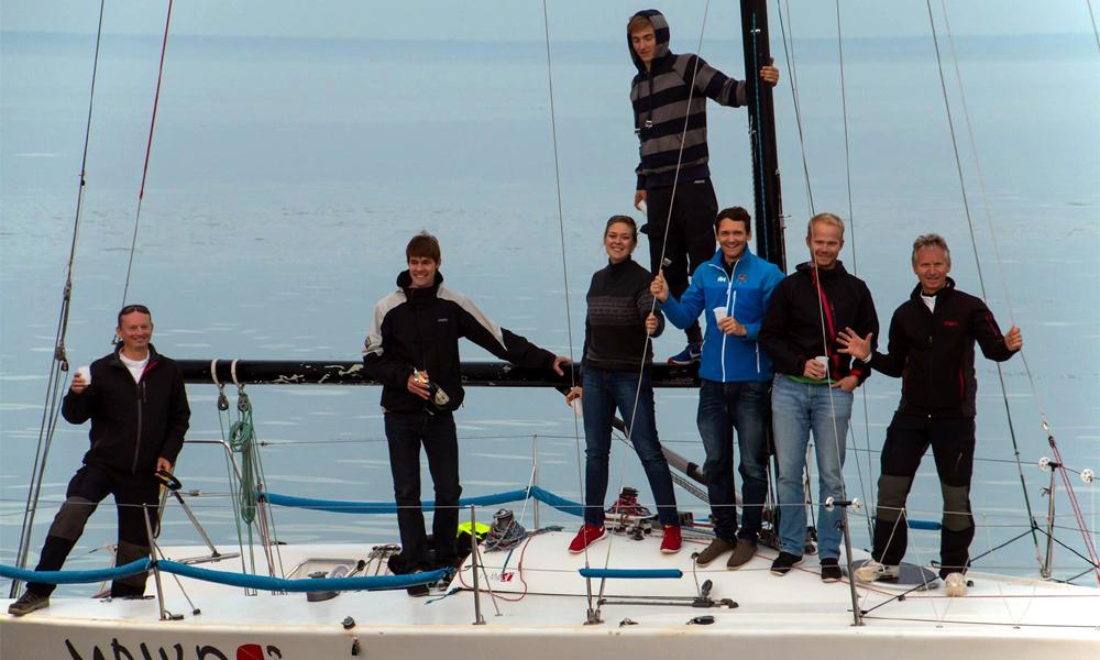 Crewmitglieder der Maiko: John Victorin, Sebastian Greshake, Katharina Möller, Ole Zierau, Robert Pastoors, Sven Zscherper und Edmund Albrecht. Foto: Jens Schröder