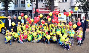 Erstklässler der Grundschule am Margaretenplatz, der Werner-Lindemann-Grundschule und der St.-Georg-Schule am Doberaner Platz in Rostock. Foto: Joachim Kloock