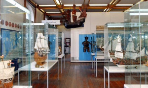 Ausstellungen im Societät Rostock maritim. Foto: Joachim Kloock