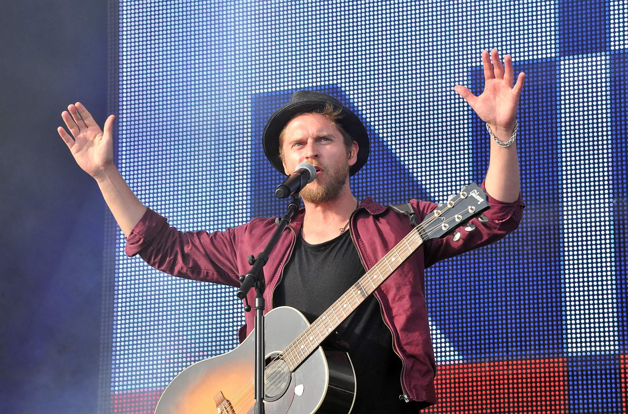 Johannes Oerding bei stars@ndr2 in Warnemünde. Foto: Joachim Kloock