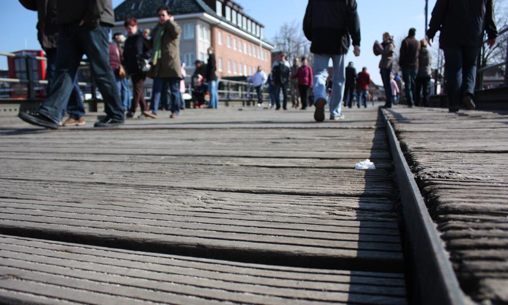Beplankung der Bahnhofsbrücke Warnemünde, 2010