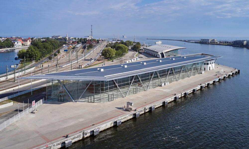 Warnemünde Cruise Center 8