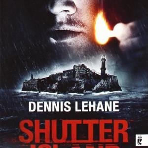 Shutter Island: Buch zum Film mit Leuchtturm Warnemünde auf dem Cover